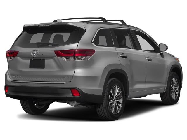 Used 2019 Toyota Highlander XLE with VIN 5TDJZRFH0KS607219 for sale in Rochester, Minnesota