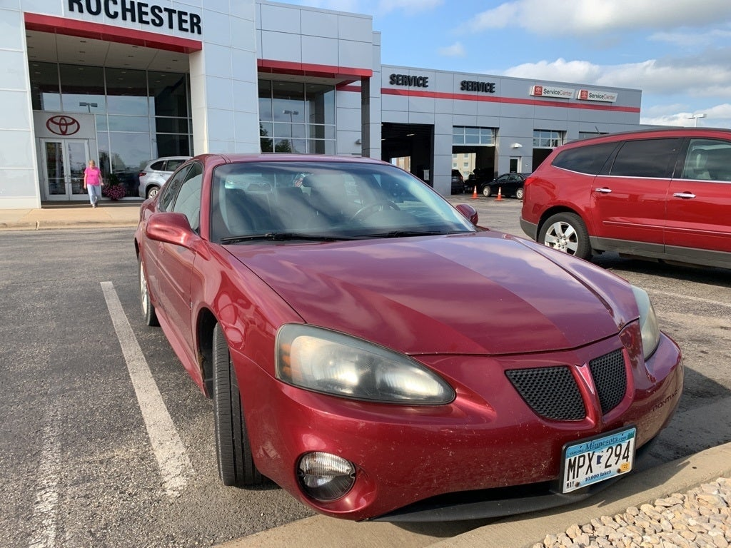 Used 2006 Pontiac Grand Prix GT with VIN 2G2WR554161215252 for sale in Rochester, Minnesota