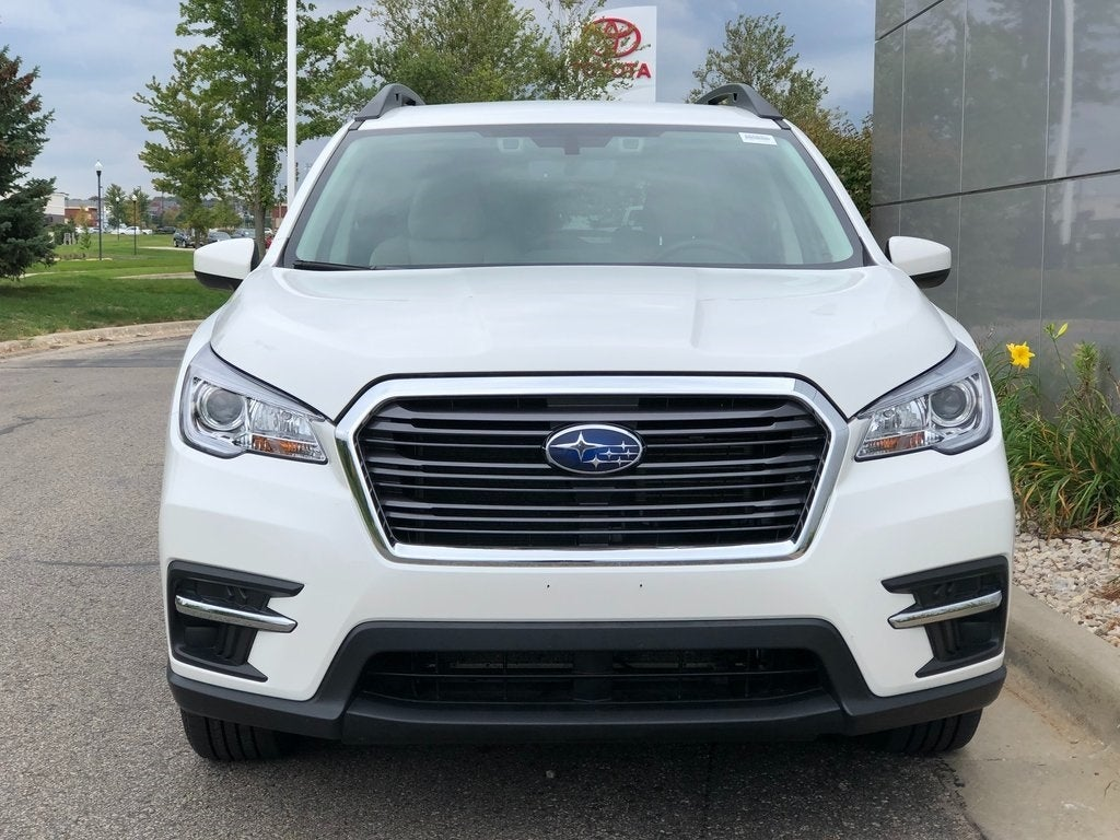 Used 2019 Subaru Ascent Premium with VIN 4S4WMAFD5K3419568 for sale in Rochester, Minnesota