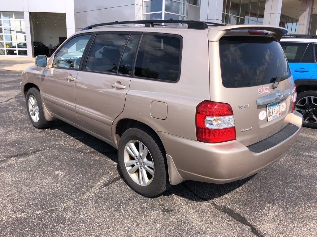 Used 2006 Toyota Highlander Limited Hybrid with VIN JTEEW21A460012180 for sale in Rochester, Minnesota